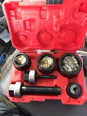 "Milwaukee Knockout Tool / Kit 1/2""to 2""Kit"