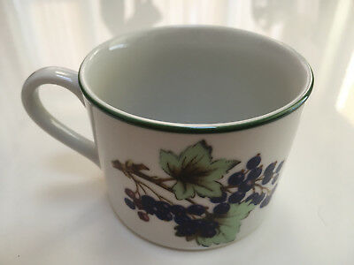 3 x Royal Worcester Evesham Vale teacups - green rim EXCELLENT CONDITION