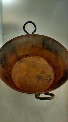 Nice vintage antique hand hammered copper bowl with handle country