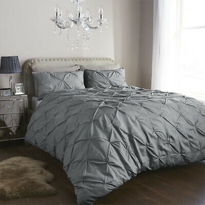 Balm oral Pleated Pin tuck Duvet Cover/Quilt Cover Bedding Set Silver/White UK.