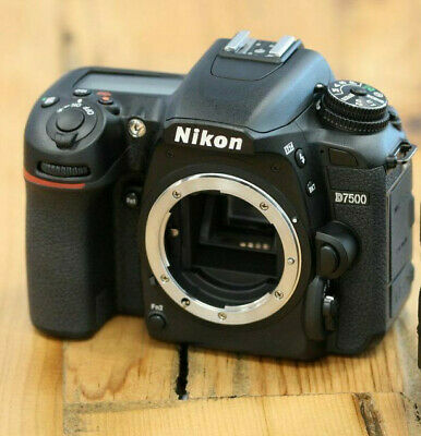 Nuevo Nikon D7500 Digital SLR Camera (Body Only)
