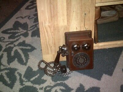 Telephone Walnut 1940 RETRO STYLE Push-Button Dial Replica WALL MOUNT Landline