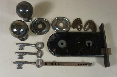 Vintage door lock with 3 keys, enameled handles, escutcheons & keep ( lot 7 )