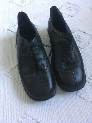 ECCO Black Soft Leather Lace Up Flat Shoes • SIZE UK 7 • Good Condition