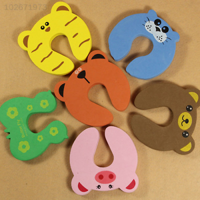 2D9F Baby Kids Safety Protect Anti Hit Guard Lock Clip Animal Safe Card Door Sto