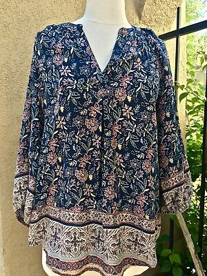 05c68ea331 BEACH LUNCH LOUNGE Boho Peasant Top 3/4 Sleeve Navy Blue Floral Print Size M