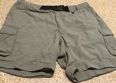 Boy Scouts Of America Uniform Cargo shorts BSA Green switchbacks Size 32 nylon.