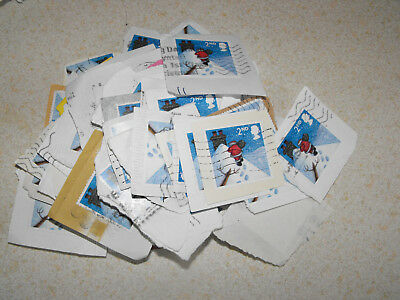 100 x 2nd Class Xmas GB Stamps Santa on a Roof Christmas Used & Franked on Paper