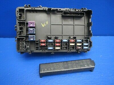 2006 Toyota Corolla Ce A/T 1.8L Under Dash Block Junction Relay Fuse Box Oem B39