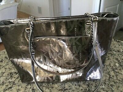 6c0a5be3147c Michael Kors Silver Patent Leather Signature Jet Set NS Chain Tote Shoulder  Bag