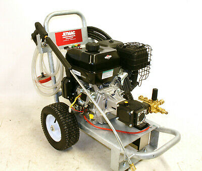 14 HP BRIGGS AND STRATTON  PETROL PRESSURE WASHER 4000 Psi ELECTRIC START