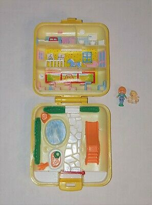 Vintage Polly Pocket 1989 Bluebird Midges Play School Compact With Figures
