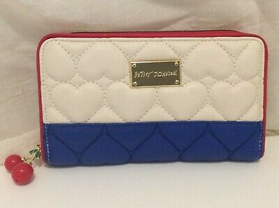 NWT Betsey Johnson RED WHITE BLUE Puffy Quilted HEARTS Wallet CHERRY Zipper Pull