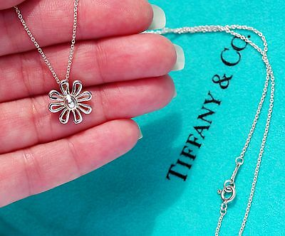 bdaecf3ca Tiffany & Co Paloma Picasso Daisy Flower Charm Sterling Silver Necklace 16  Inch