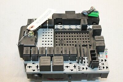 2003 - 2013 Volvo Xc90 2.9L Rear Trunk Fuse Relay Junction Electrical Box Oem