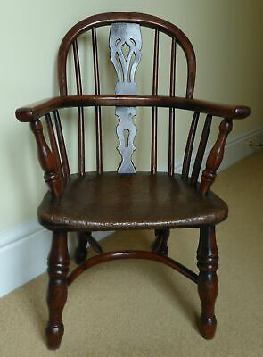 C1820 Georgian Yew Wood Antique Childs Bow Back North Country Windsor Arm Chair