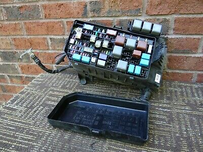 toyota 4runner engine fuse box relay junction block compartment 10 11 2010  2011