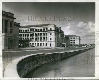 1942 Press Photo Modern Government Buildings in Ceylon Targeted by Japanese