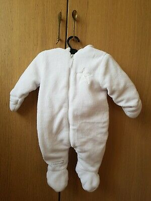 Girls boys baby infant pram suit from Bebe Bonito. Size 0 – 3 months. Used condi