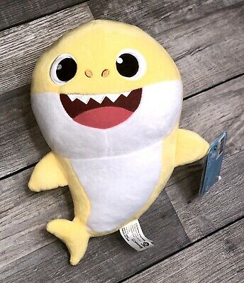 Baby Shark Yellow Official Singing Plush Sound Doll Pinkfong WowWee