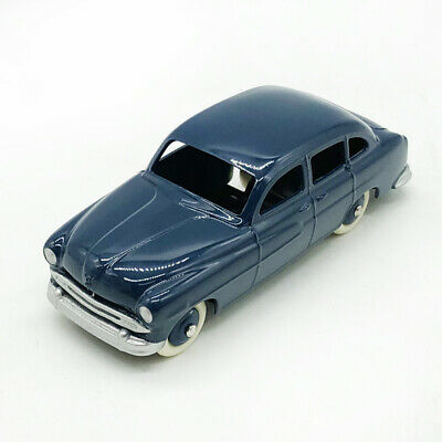 DeAgostini 1//43 Dinky toys 162 Ford Zephyr Saloon Diecast Models Collection