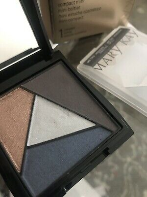 Mary kay eye shadow Palette-Quad - Limited Edition- Metro Modern