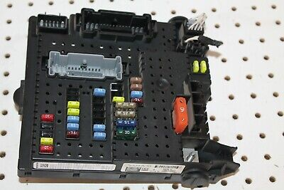 2003 - 2007 Volvo Xc90 2.5L Awd Rear Electrical Fuse Box Relay Junction Oem