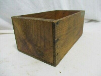 Old Primitive Vintage Antique Wood Small Box Compartment Display Trinket H6