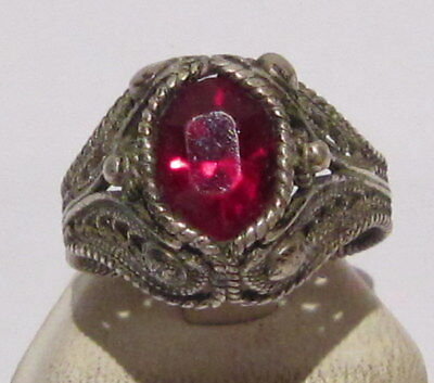 EXCELLENT 19th./ 20th CENTURY SILVER RING WITH FILIGREE AND RED STONE  # 522