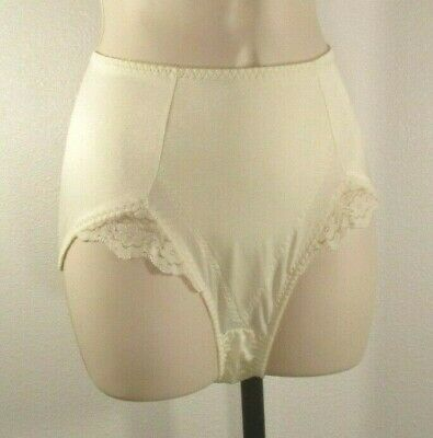Vintage Bali Something Else Lace Stretch Panties Briefs Front Panel Ivory Sz XL