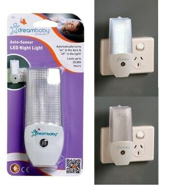Auto Sensor LED Night Light Automatic On & Off Dreambaby Nightlight