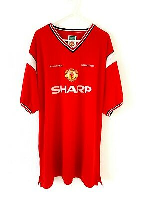 Manchester United Retro Home Shirt 1984 1985. XXL. Score Draw. Red Adults Top.