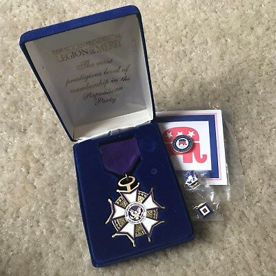 Lot of 4 Republican Presidential Legion of Merit Party Medal w Ribbon and 3 Pins