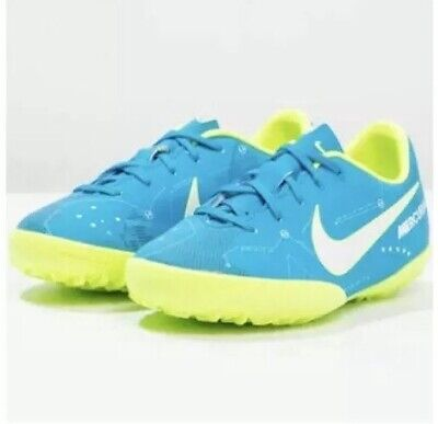 5694962ce5 Nike Astro Turf Size 2.5 Football Trainers. Junior. Kids. Boys Girls. New