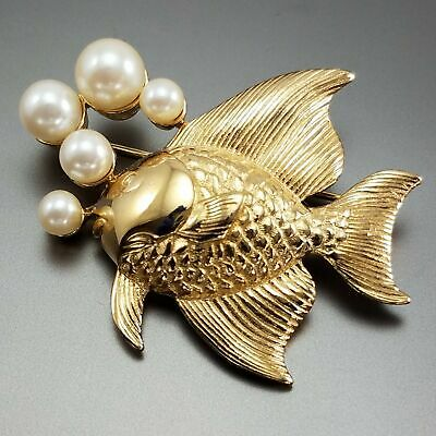 919ef8cccde Vintage Richelieu Fish Brooch Gold Pearl Bubbles Estate Ocean Nautical  Jewelry