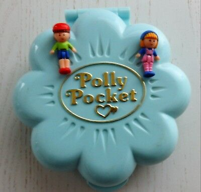 Vintage Polly Pocket Midge's Flower Shop 2 Dolls Midge and Titch  COMPLETE  1990