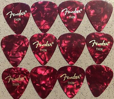 Fender™ Guitar picks Red x 12 - Thin (0.46mm)