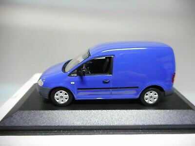 1//43 Minichamps Volkswagen Caddy 2005 blau 140021