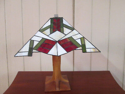 54546  Mission Stain Glass Leaded Glass Table Lamp