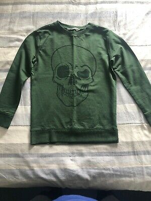 Boys green H&M Sweatshirt 8 to 10 years hardly worn excellent condition