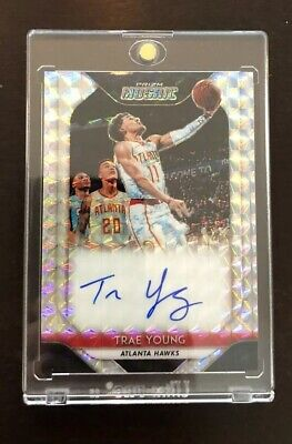 2018-19 Panini Prizm Mosaic Trae Young Silver On Card RC Autograph