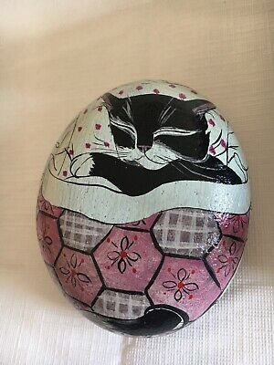 Vintage Hand Painted Cobble Stone Cat-Nap Large Pebble Signed Fay Hutchins 1987