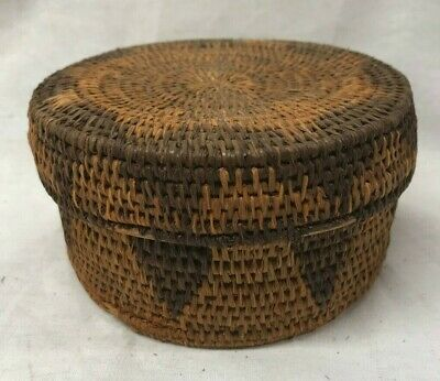 Antique Vintage Paiute Indian Art basket circular with lid Hand Woven Coiled
