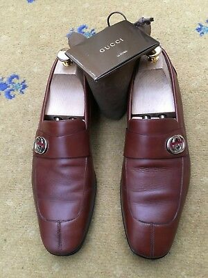b3e41cd17 GUCCI BROWN SUEDE Driver Side Web Green Red Slip On Penny Loafers US ...