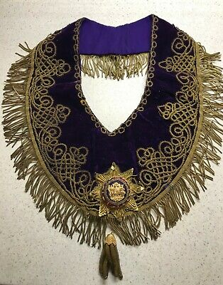 VINTAGE I.O.O.F. REGALIA: Ceremonial Collar with Star and Tassel