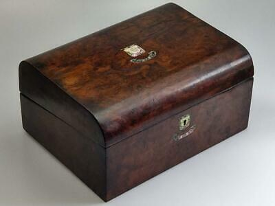Walnut Jewellery Box with Mother of Pearl Details 19th century