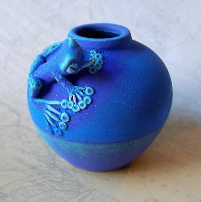 *Vintage 1990s Blue Oxide Decorated Australian Pottery Frog Vase- 7cm Tall