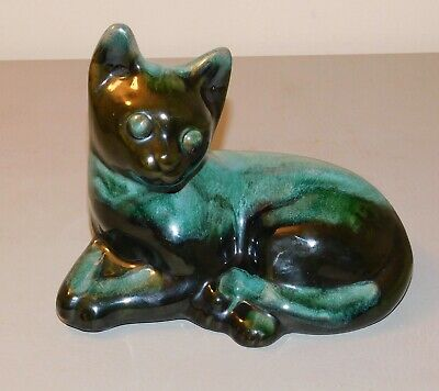 "Blue Mountain Pottery Resting Cat - Excellent Condition - 7 1/2"" long"