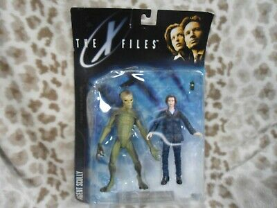 "XFiles Agent Scully and Alien 6"" Action Figures Series 1 Vintage 1998 McFarlane"