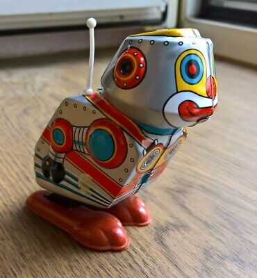 Vintage Yone HOPPING Robot Wind Up Tin Plate Japanese Toy Space JAPAN